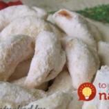 Babičkin tajný recept na plnené vianočné rožteky z kyslej smotany: Neskutočne jemné, doslova sa rozplývajú na jazyku