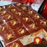 Na dezerty z cukrárne v momente zabudnete: Vyskúšajte neskutočne lahodné šľahačkové kocky!