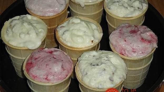 Úplne najlepšia domáca zmrzlina z hrnca: Žiadne surové vajcia a chutí presne tak, ako si ju pamätáte z detstva!