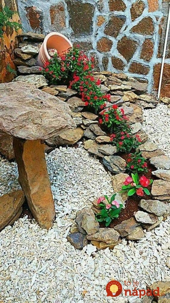 Toto v m bud susedia len ticho z vidie ikovn for Idea de deco garden rockery