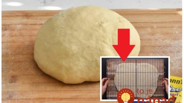 Obyčajné cesto na chleba rozvaľkala a položila naň mriežku: Počkajte, až uvidíte, čo vybrala z rúry – to je perfektný nápad!