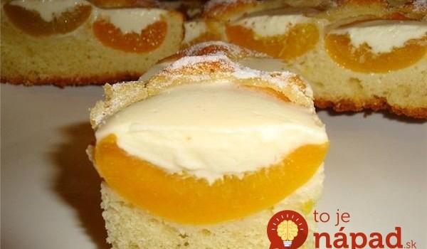 Marhuľový blesk s kyslou smotanou: Úžasný krémový koláč s kyslou smotanou a ovocím, za chvíľu hotový!