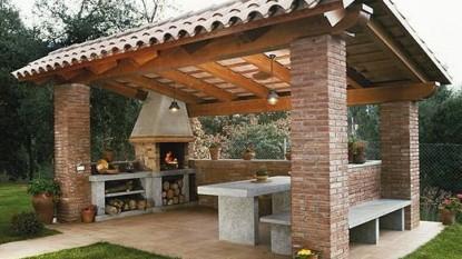 Úžasné altánky a vonkajšie kuchyne, ktoré si šikovní ľudia postavili z tehál: 15 prekrásnych inšpirácií, ktoré využijete celú sezónu!