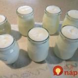 """Domáci jogurtový nápoj alá """"Actimel"""": Jeho príprava je úplne jednoduchá a vyjde vás oveľa lacnejšie ako kupovaný!"""
