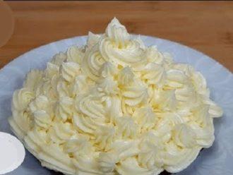 Konečne dokonalý vanilkový krém, ktorý perfektne drží: Nezráža sa, ideálny na zdobenie aj plnenie!