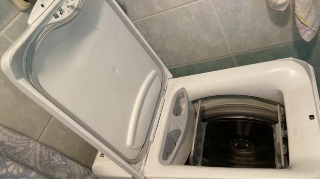 Triky so soľou, ktoré pri praní využijete denne